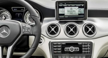 Embrace în Mercedes