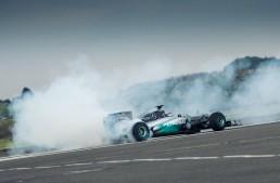Mercedes-ul care a încercat să decoleze