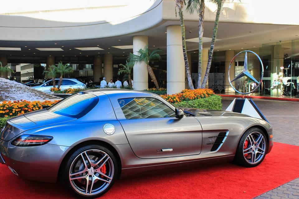 Mercedes-Benz prezintă The Carousel of Hope