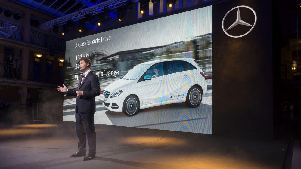 Mercedes-Benz îşi măreşte marja de profit