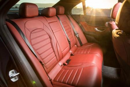 2015-Mercedes-Benz-C-Class-14