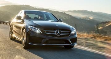 Clasa C recunoscută de Yahoo! Autos drept Luxury Car of The Year