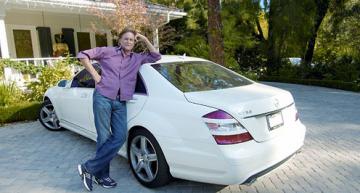 Tatăl vitreg al lui Kim a ales un Mercedes Clasa S în loc de un G