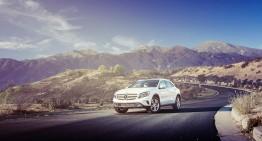 Mercedes GLA, printre dune de nisip și vulcani