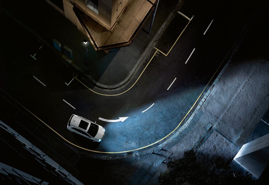"""Mercedes-Benz România iniţiază acţiunea națională """"Testul gratuit de lumini"""""""