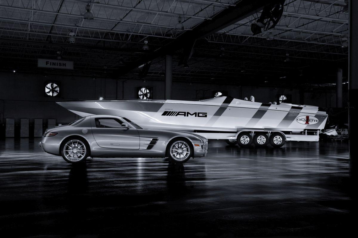 Mercedes-Benz Cigarette Boat 50 AMG 2013