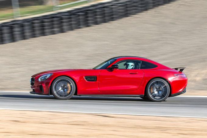 Primul drive test Mercedes AMG GT S realizat de  auto motor und sport