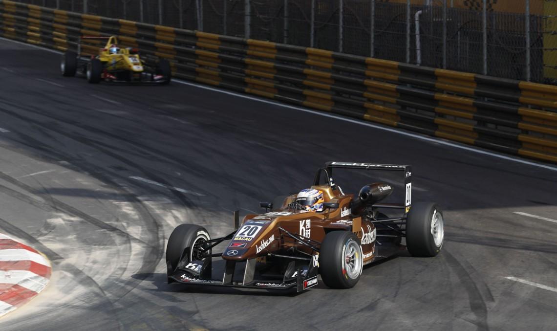 Felix Rosenqvist a câștigat Macau GP folosind motoare Mercedes