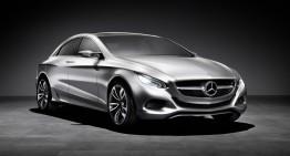 Limuzina de lux cu două fețe: conceptul Mercedes-Benz F 800 Style