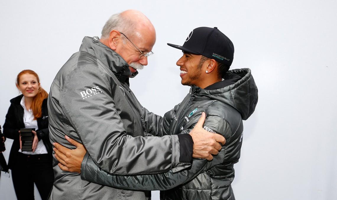 """Dieter Zetsche: """"Am vrea să le urăm bun venit în F1 celor de la Audi și BMW"""""""