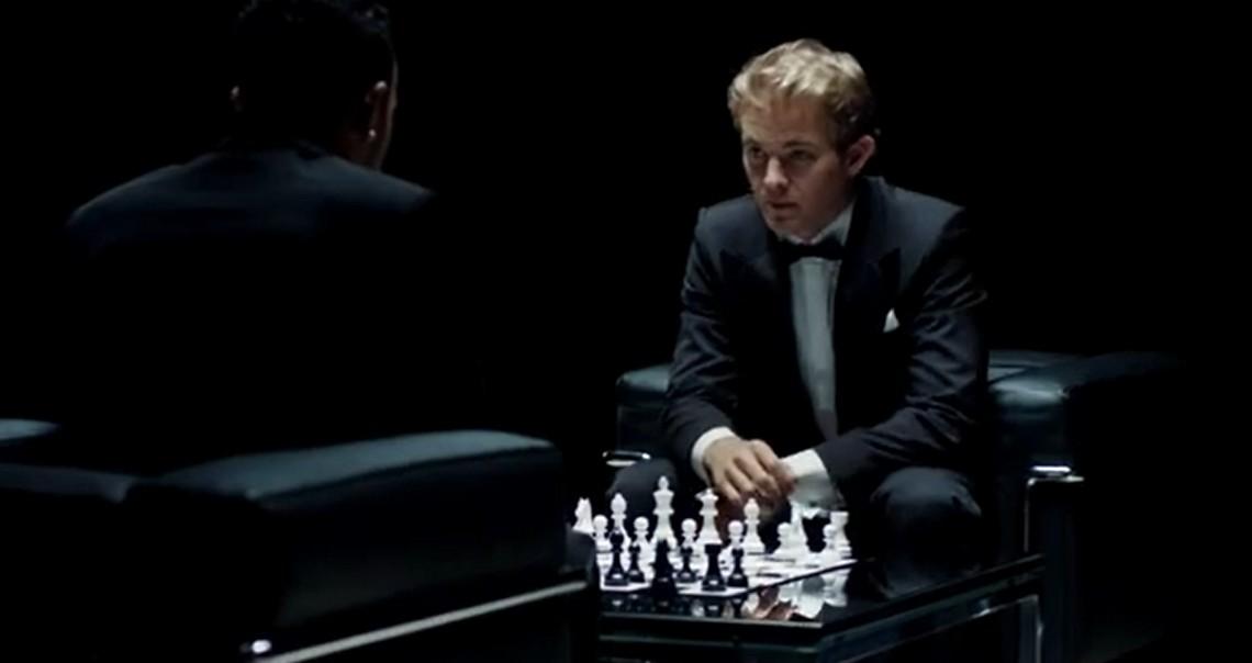Hamilton și Rosberg: Șah mat și V8