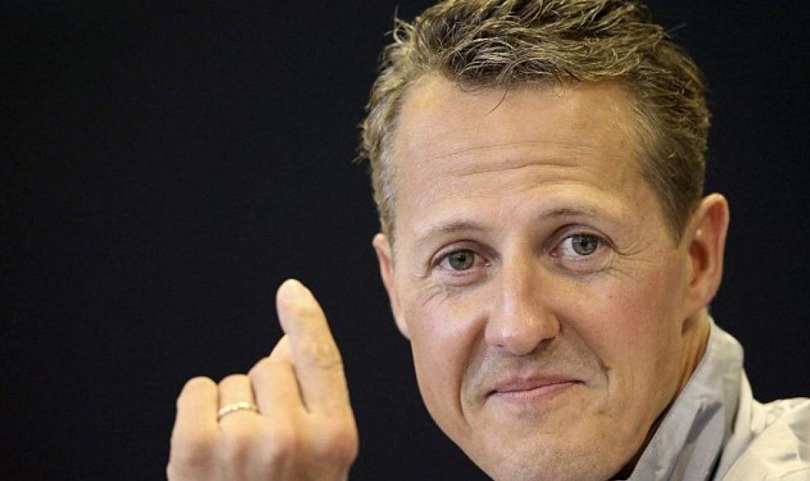 Mercedes rămâne alături de Schumacher