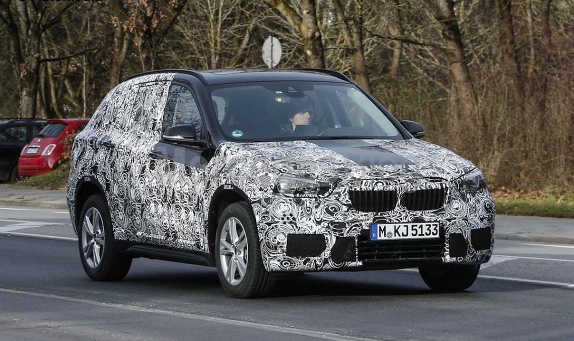 Noul BMW X1: spionat din nou, cu mai puțin camuflaj