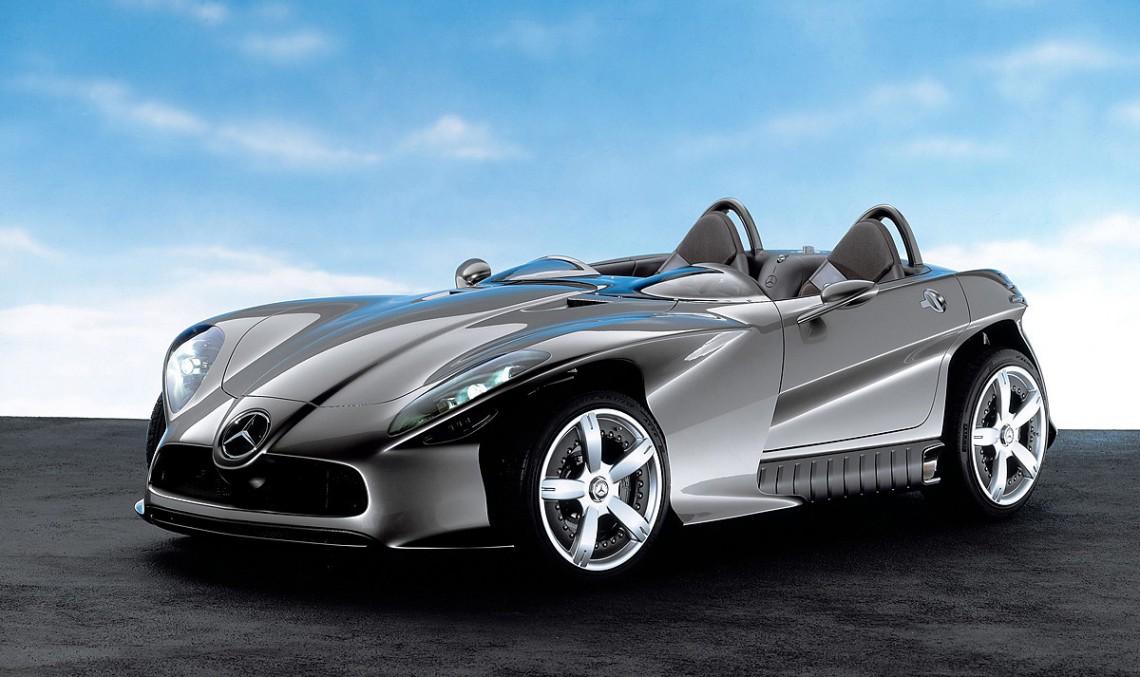 Un concept pentru plăcerea de a conduce: F 400 Carving