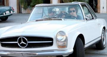 Harry Styles – Are o mașină de două ori mai bătrână ca el