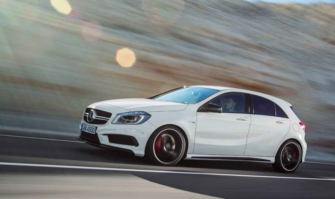 Mercedes-Benz A 45 AMG facelift – design nou, mai multă putere