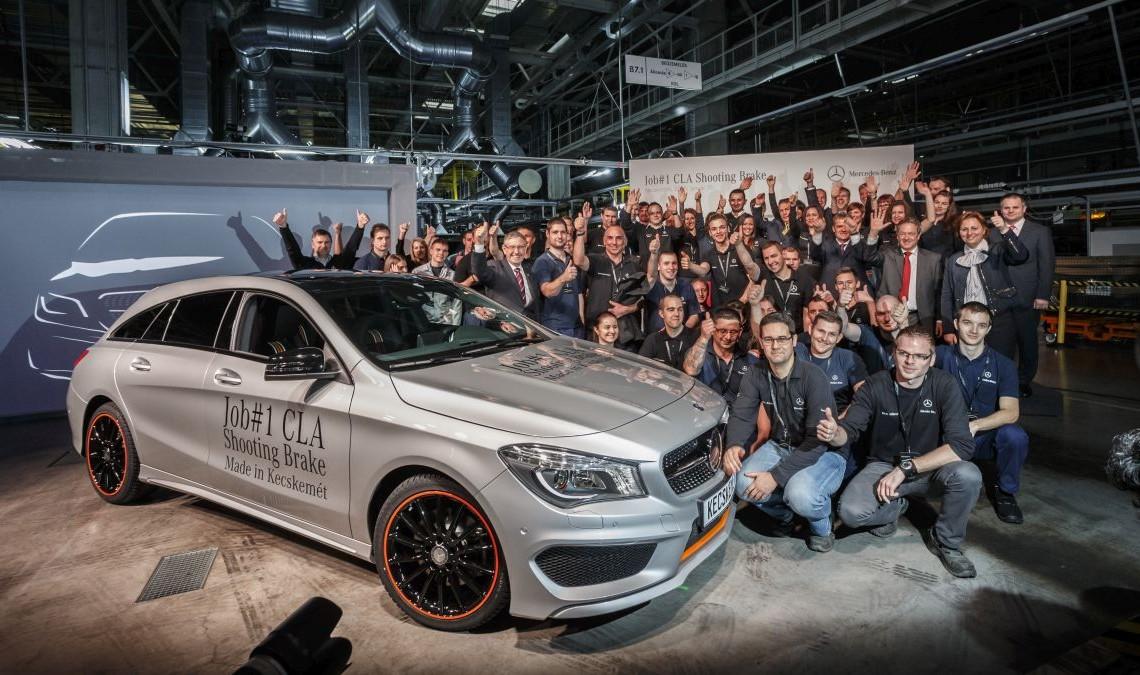 Primul Mercedes-Benz CLA Shooting Brake iese de pe linia de asamblare de la Kecsemet