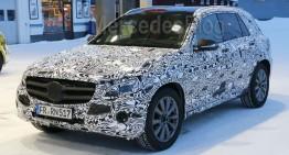 Poze spion cu noul Mercedes-Benz GLC