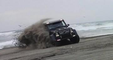 G63 AMG 6×6 tunat de Brabus se joacă în nisipul din Chile