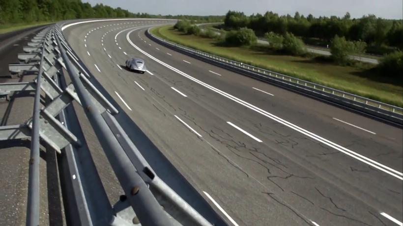 Mercedes-Benz 540K Streamliner dă testul de viteză maximă