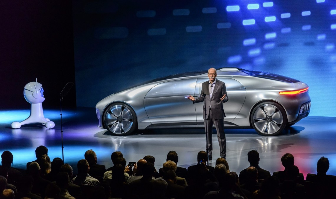 Zetsche atacă Toyota: 'Patentele pentru hidrogen, o cascadorie de PR'