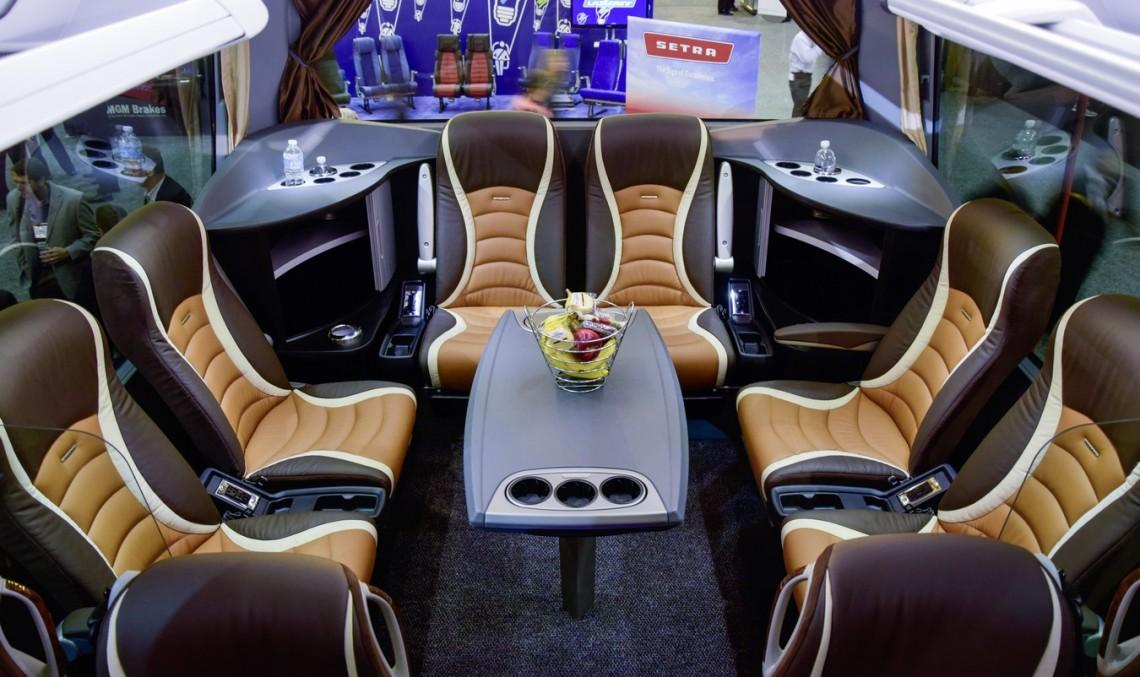 Daimler vrea să conducă lumea cu autocarul de lux Setra TopClass