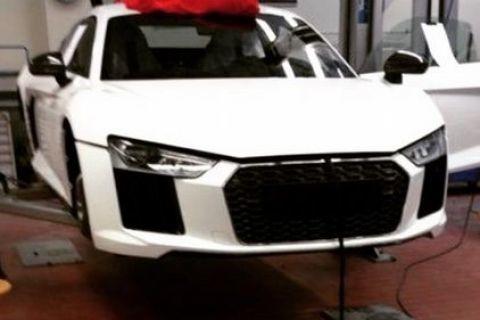 Noul Audi R8, spionat în haine de serie