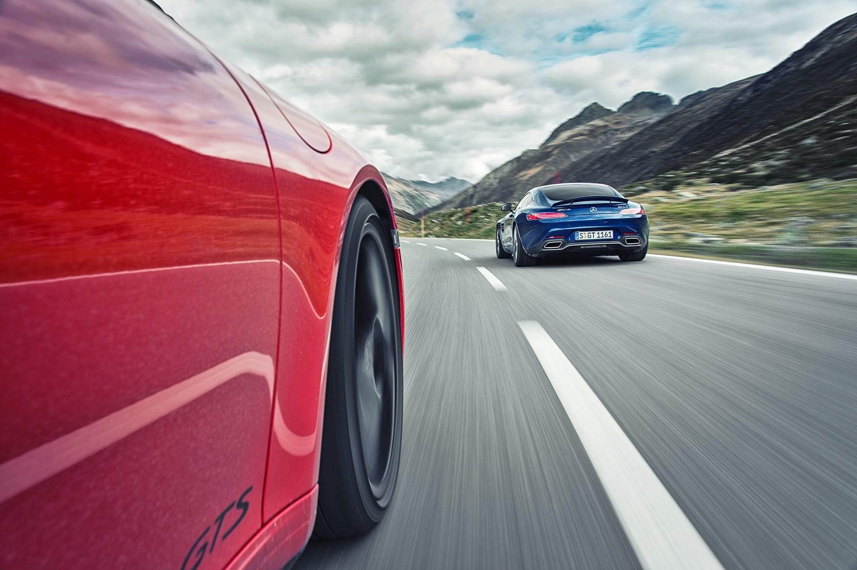 Mercedes-AMG-911-GTS-4