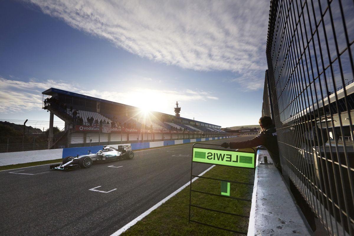 Mercedes AMG Petronas teste 2