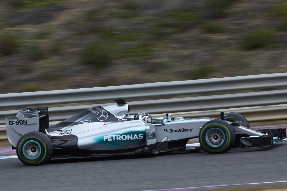 Mercedes AMG Petronas teste 3
