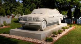 Piatra de căpătâi Mercedes-Benz – Până când moartea îi va despărți