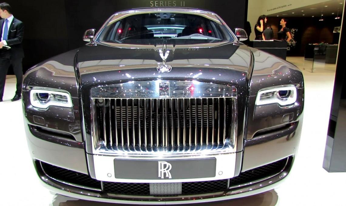 Viitorul SUV Mercedes-Maybach va avea un rival de la Rolls-Royce