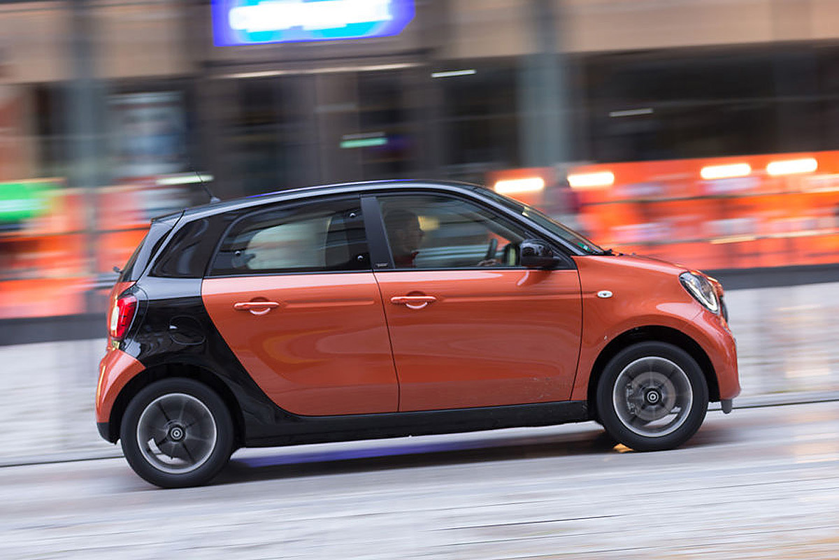 smart-forfour-mercedesblog.com-5