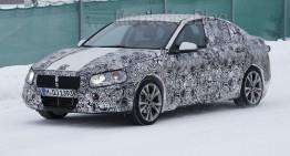 Rivalul CLA-ului, BMW Seria 1 Sedan, surprins în teste la temperaturi arctice
