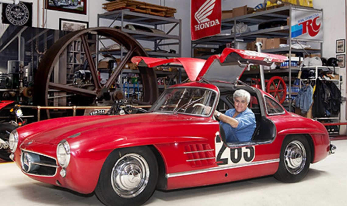 Jay Leno își prezintă Mercedes-ul 300SL Gullwing Coupe