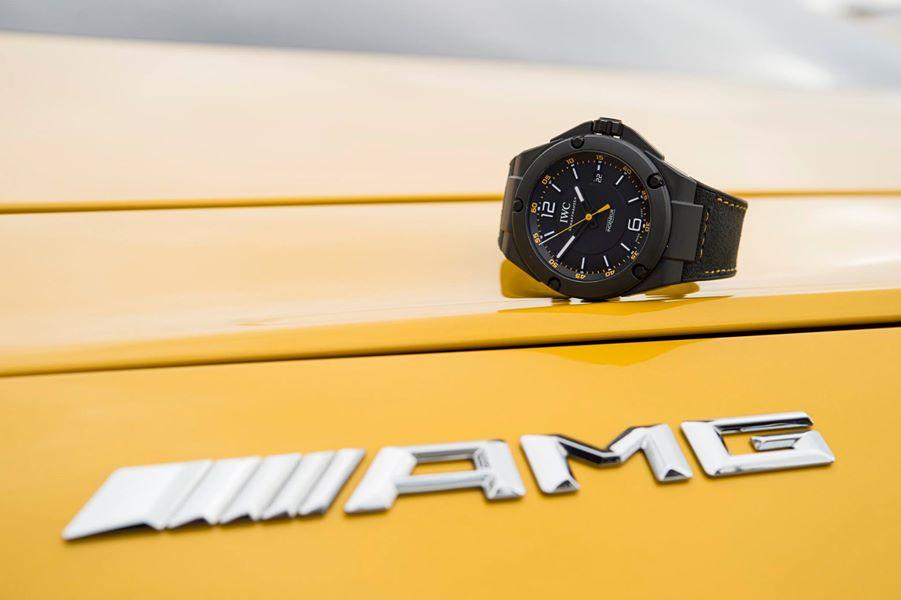 Ceasul Mercedes-AMG: Cât e ceasul?