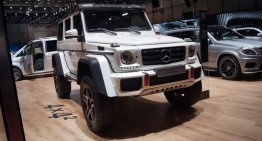 GENEVA LIVE: Mercedes-Benz G500 4×4², intimidare la maximum