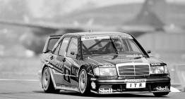 25 de ani de Mercedes-Benz 190 E 2.5-16 Evolution II