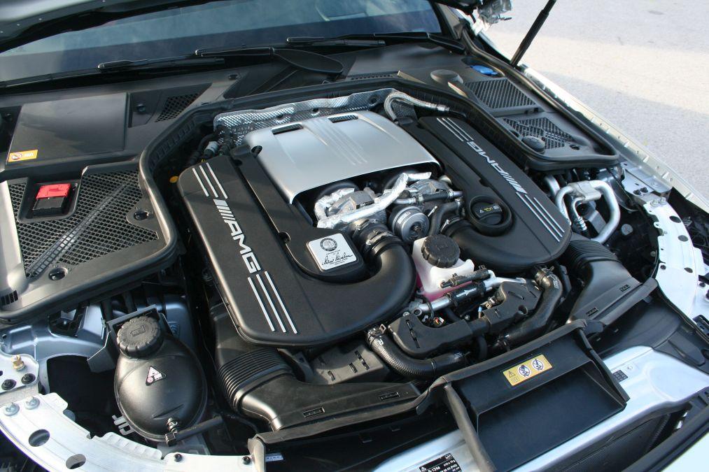 Mercedes C 63 S drive test 26