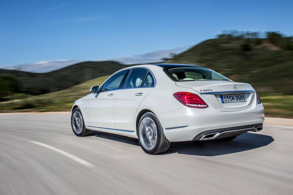 Mercedes-C350e-plug-in-hybrid-2