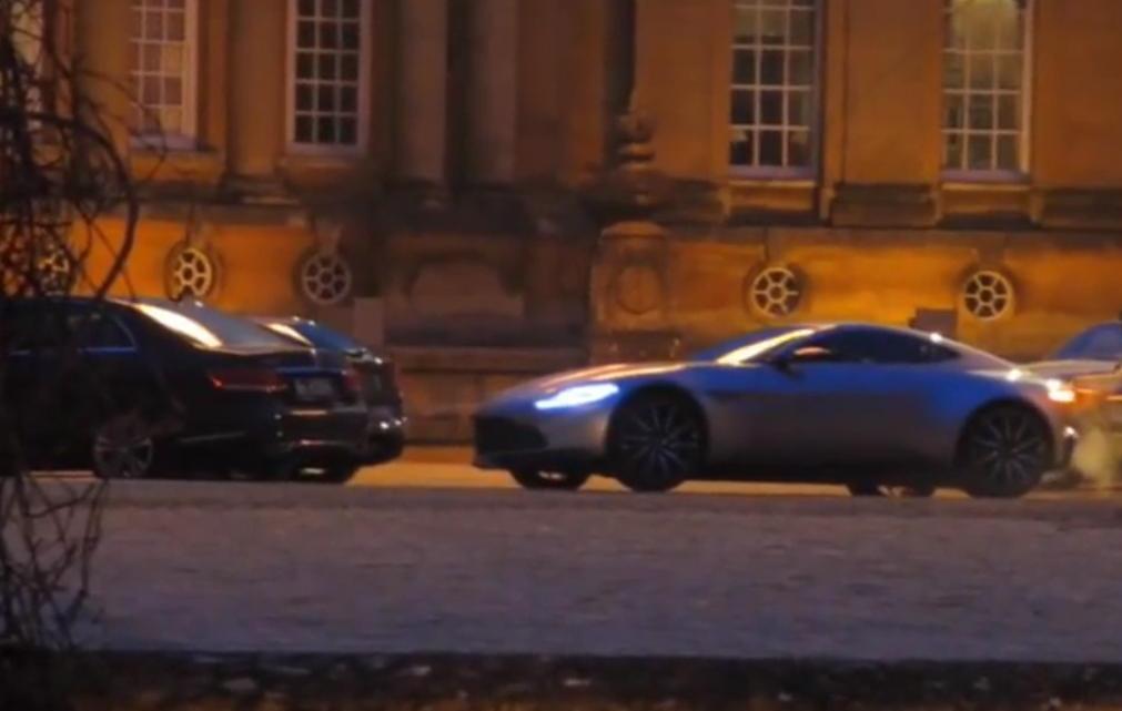 """Mercedes în """"Spectre"""" din seria James Bond, ultima escapadă a celebrului spion"""