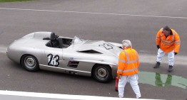 Un Mercedes-Benz unicat face accident la Goodwood