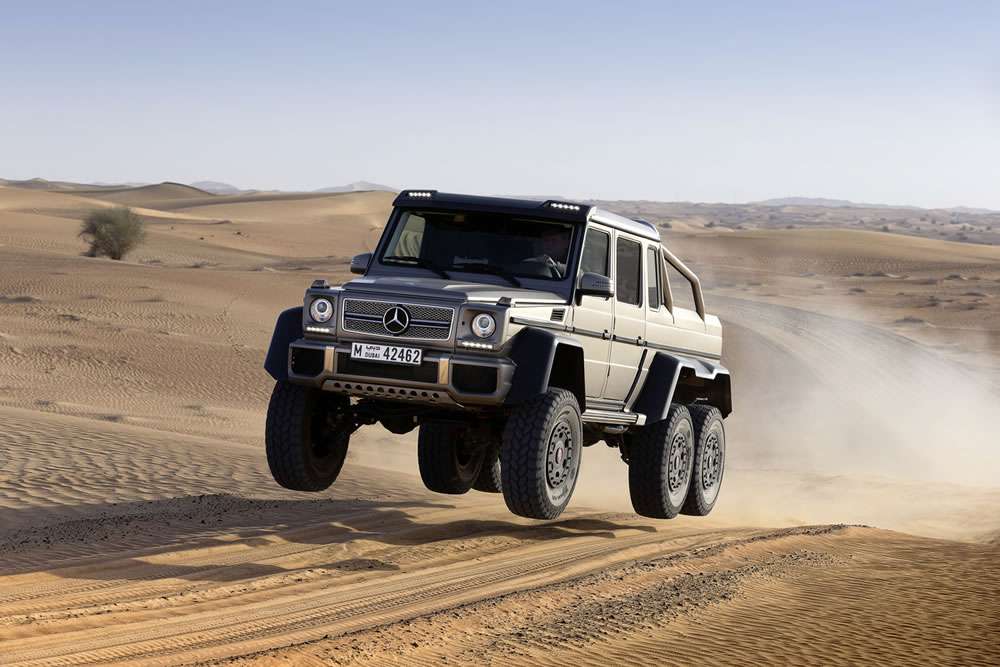 "Stoc epuizat pentru ""monstrul"" Mercedes-Benz G63 AMG 6×6"