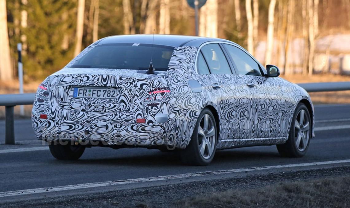 Fotografii spion noi, mult mai concludente cu Mercedes-Benz Clasa E