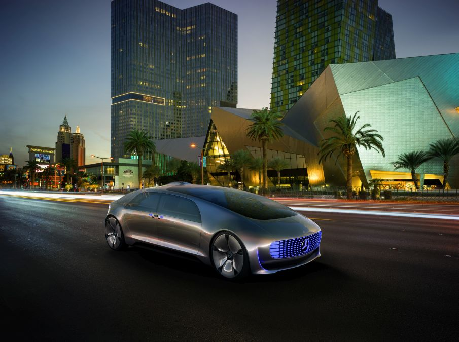 Dieter Zetsche crede în mașinile autonome
