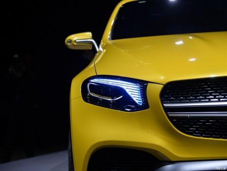 Mercedes-Concept-GLC-Coupe-headlam