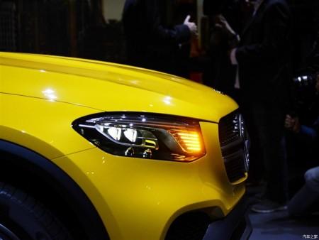 Mercedaes-Concept-GLC-Coupe-headlight
