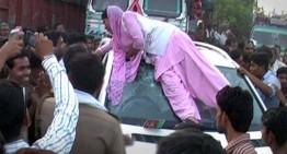 S-a urcat pe un SUV Mercedes după ce bodyguard-ul unui politician i-a făcut cu ochiul