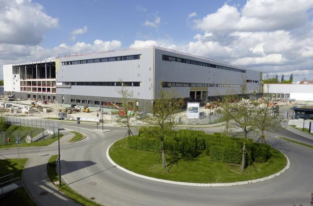 Mercedes-Benz deține cel mai modern centru de teste de impact