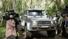 Mercedes-Benz G 63 AMG 6×6 am Set von Jurassic World. // The Mercedes-Benz G 63 AMG 6×6 on location at the set of Jurassic World.
